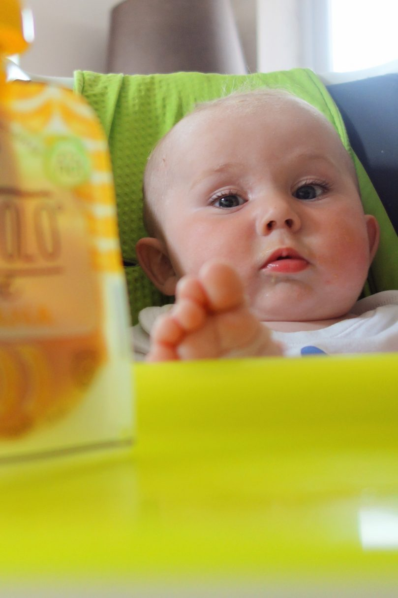 Weaning your baby. Wjen is it the right time to wean