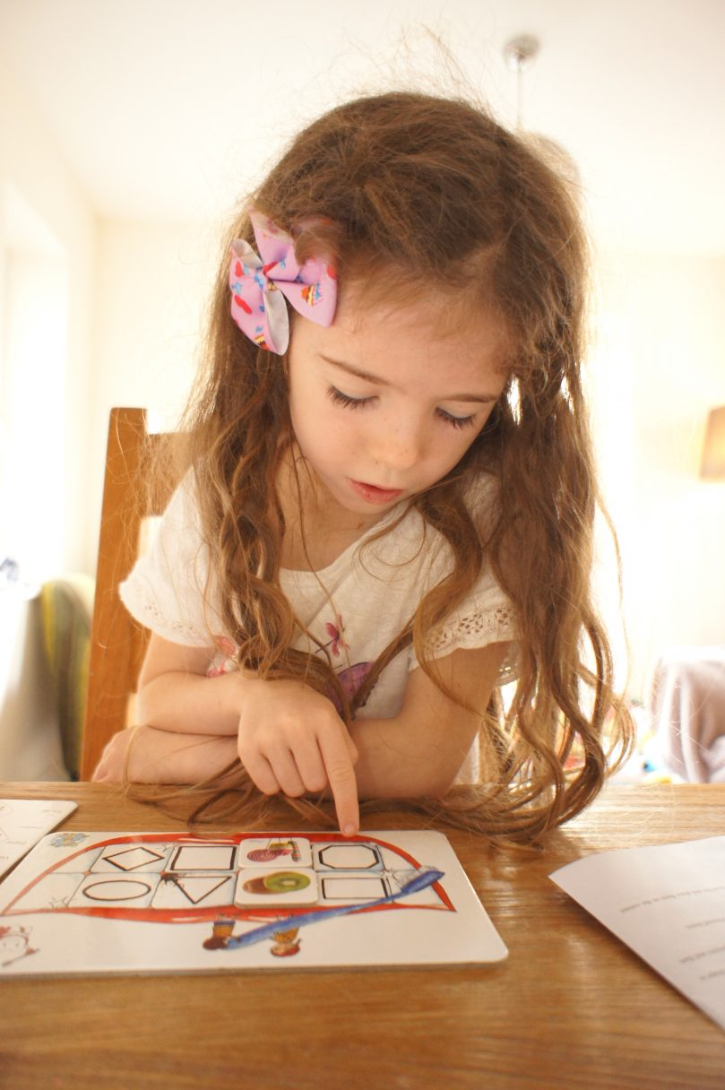 Cosy Angel Super Tooth Board Game