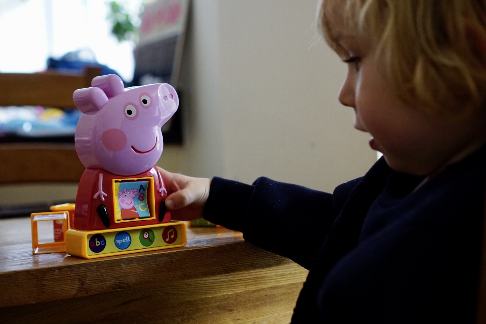 Peppa Pig Learning Toys Peppa's Phonic Alphabet