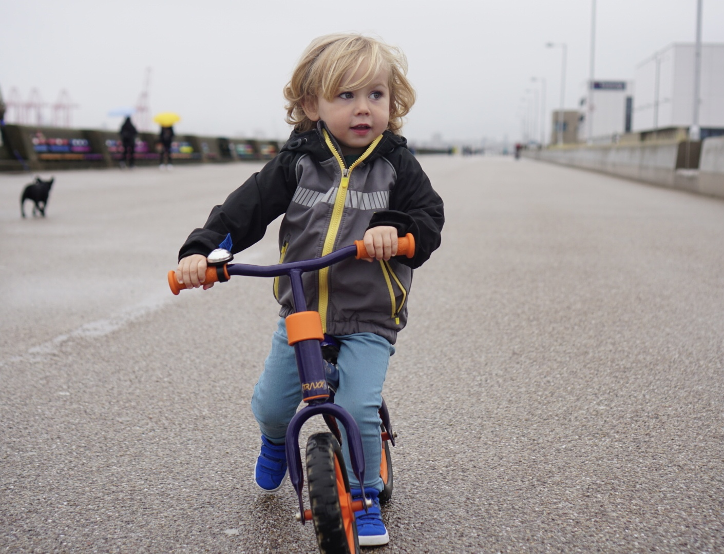 4 Tips to help you teach your child how to ride a bike.